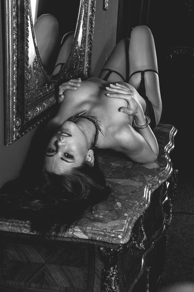 erstaunliche Qualität Verarbeitung finden hochwertige Materialien Little caprice sex in münchen. Pornoflux: 995 videos for ...